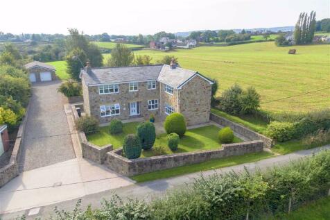 Gwern Lane, Caer Estyn, Wrexham. 4 bedroom detached house