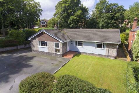 Woodland Grove, Summerhill. 3 bedroom detached bungalow