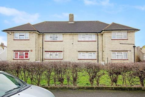 Cannon Road, Bexleyheath. 2 bedroom property