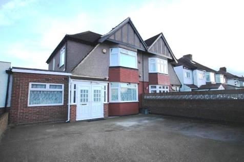 Great South West Road, Hounslow, TW4. 5 bedroom semi-detached house
