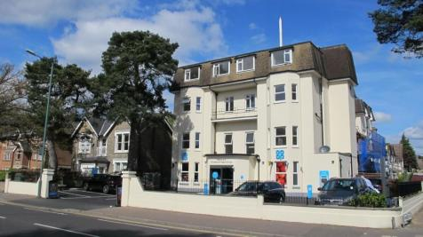 Christchurch Road, Bournemouth,. 1 bedroom flat