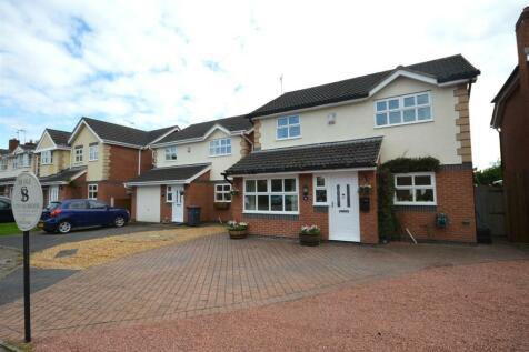 Cloverfields, Haslington, Crewe. 4 bedroom detached house