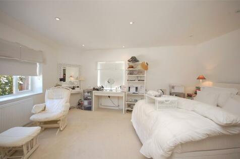 Westbury Road, Woodside Park, N12. 4 bedroom semi-detached house for sale