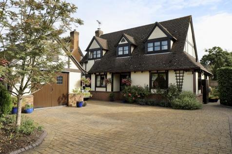 Watmore Lane, Winnersh, Berkshire. 4 bedroom detached house for sale