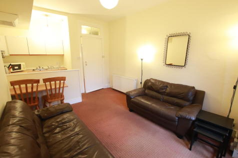 Kennoway Drive, Partick. 1 bedroom apartment