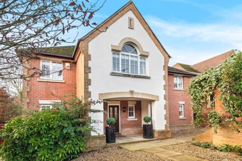 Half Acre, Hitchin, SG5. 5 bedroom detached house