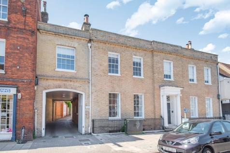 Bancroft, Hitchin, SG5. 5 bedroom mews house