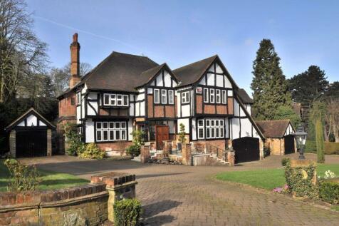 Camden Park Road, Chislehurst. 5 bedroom detached house