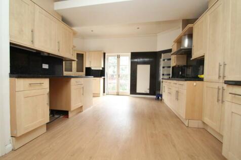 Chislehurst Road, Chislehurst. 3 bedroom apartment