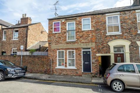 Kyme Street, Bishophill, York. 3 bedroom end of terrace house