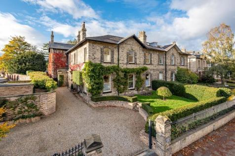 Tadcaster Road, The Mount, York. 6 bedroom end of terrace house for sale