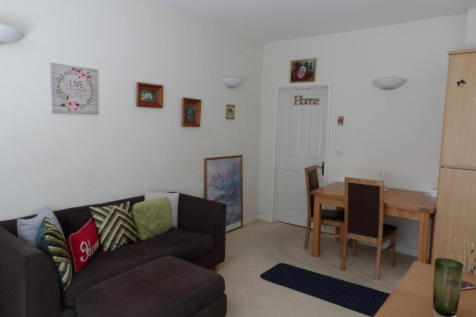 Mitre Court, Barbican *Available with Zero Deposit Guarantee*, devon property