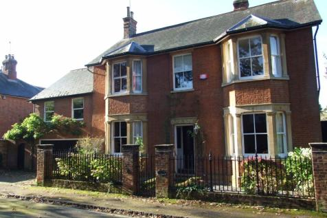 Wood Lane, Aspley Guise, MK17 8EJ. 5 bedroom detached house for sale
