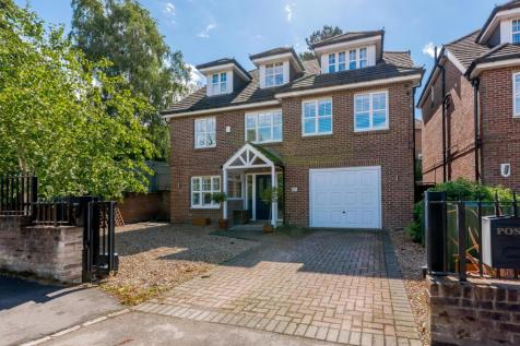 Park Farm Road, Bickley, Bromley, BR1. 5 bedroom detached house for sale