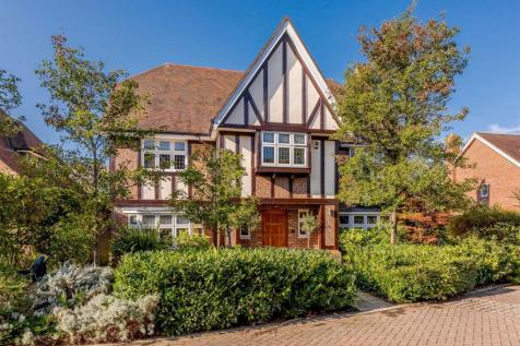 Limewood Close, Beckenham, BR3 3XW. 6 bedroom detached house for sale