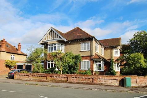 Highfield, Southampton. 5 bedroom property