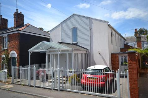 Providence, Burnham-On-Crouch. 2 bedroom detached house