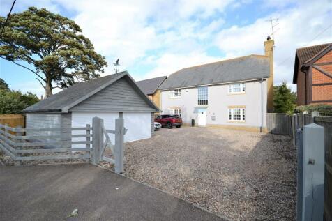 Waterside Road, Bradwell-On-Sea. 4 bedroom detached house