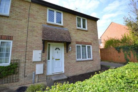Hester Place, Burnham-on-Crouch. 3 bedroom end of terrace house