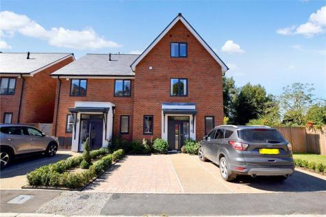 Alan Phillips Way, Sudbury, Suffolk. 4 bedroom semi-detached house