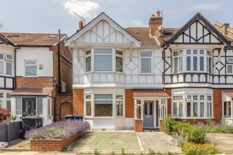Loveday Road, West Ealing. 3 bedroom house for sale