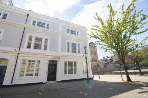 Marine House, Mount Stuart Square. 1 bedroom apartment