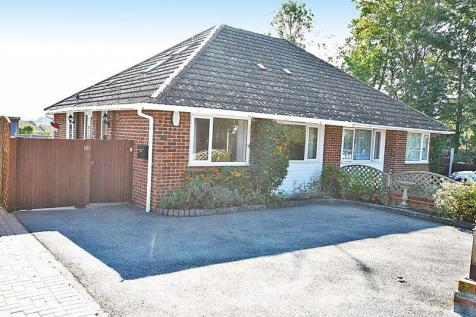 Egremont Road, Bearsted, Maidstone ME15. 3 bedroom bungalow for sale