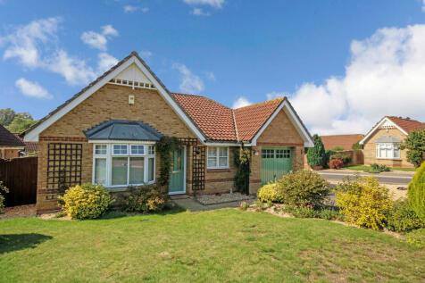 Riverbourne Road, Salisbury. 3 bedroom detached bungalow