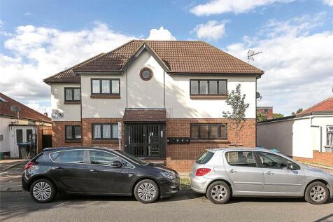 Rugby Avenue, Wembley, HA0. 3 bedroom apartment