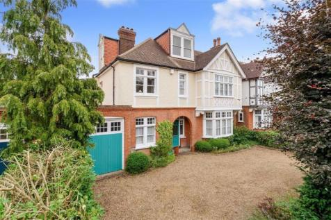 Hayes Road, Bromley, Kent. 6 bedroom detached house
