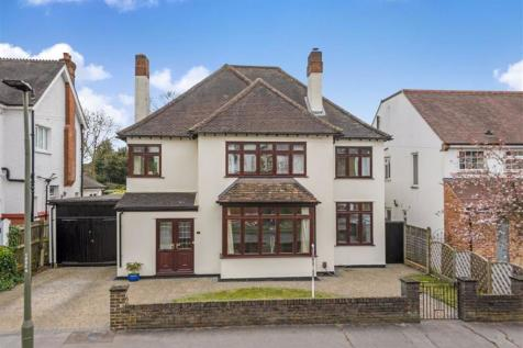 Claremont Road, Bickley, Kent. 5 bedroom detached house for sale
