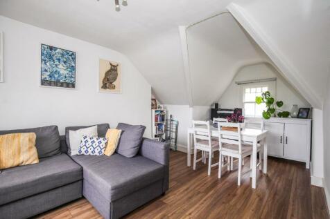 Wickham Road, Beckenham BR3. 1 bedroom flat
