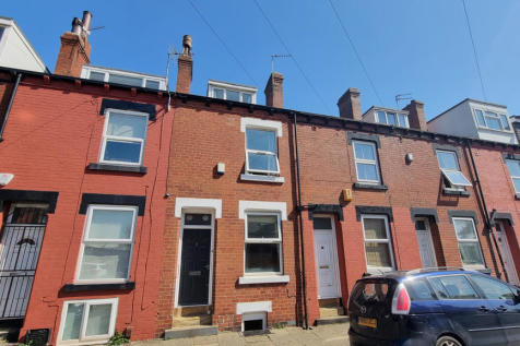Beamsley Terrace, Leeds, West Yorkshire, LS6. 3 bedroom terraced house