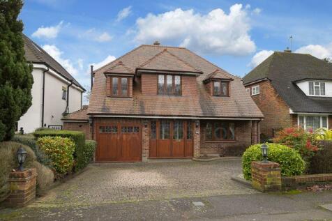 Broadstrood, Loughton. 4 bedroom detached house for sale