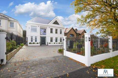 Manor Road, Chigwell. 7 bedroom detached house for sale