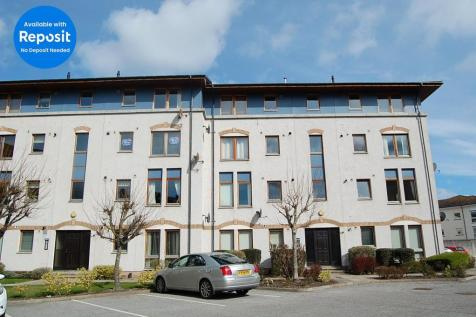 Bloomfield Court, First Floor, City Centre, Aberdeen, AB10. 2 bedroom apartment