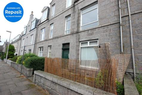 Richmond Terrace, Top Floor Right, Rosemount, Aberdeen, AB25. 2 bedroom apartment
