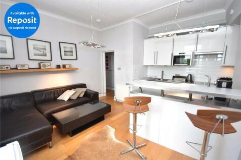 Rosemount Place, Second Floor Right, Rosemount, Aberdeen, AB25. 1 bedroom apartment