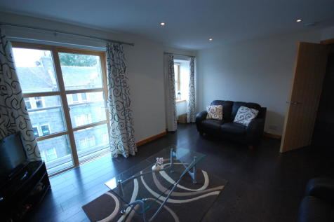 Willowbank Road, Aberdeen, AB11. 2 bedroom apartment