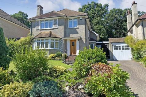 Pinewood Close, Shirley, Croydon, Surrey. 5 bedroom detached house