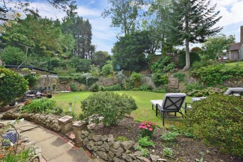 Old Loose Hill, Loose, Maidstone, Kent. 4 bedroom detached house
