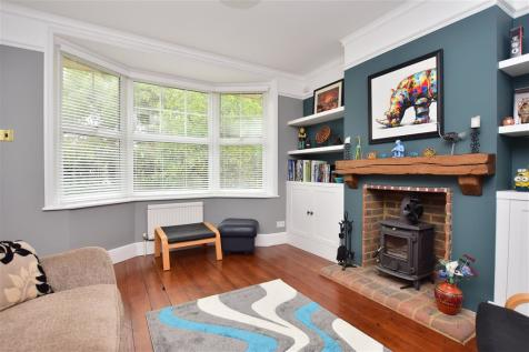 Chart Hill Road, Staplehurst, Tonbridge, Kent. 4 bedroom character property