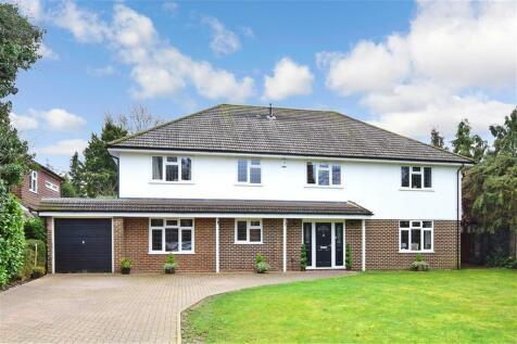 Links Road, Ashtead, Surrey. 5 bedroom detached house