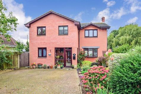 Moortown Lane, Brighstone, Newport, Isle of Wight. 4 bedroom detached house