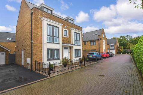 The Fort, Rochester, Kent. 5 bedroom detached house for sale
