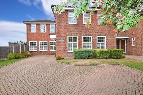 Church Street, Burham, Rochester, Kent. 4 bedroom detached house