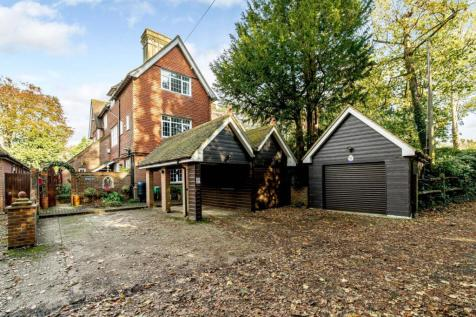 Crawley Road, Horsham, West Sussex. 5 bedroom house for sale
