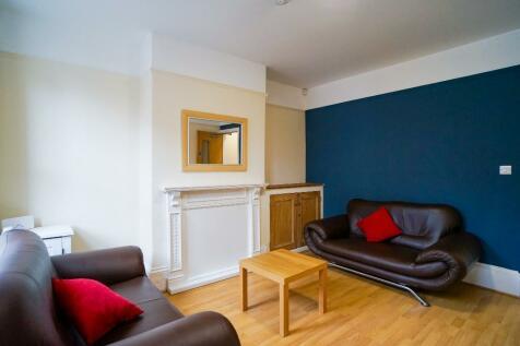 Roebuck Road, Sheffield, S6. 3 bedroom house