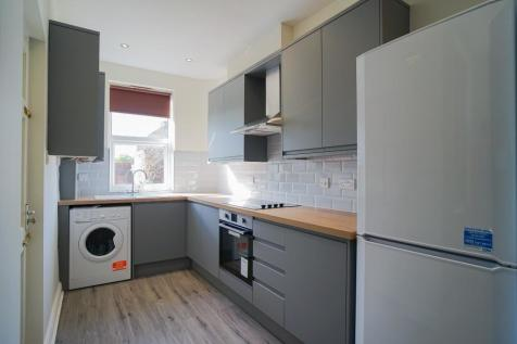 Coombe Rd, Crookes. 6 bedroom house