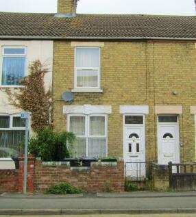 Wellington Street, Peterborough. 2 bedroom terraced house